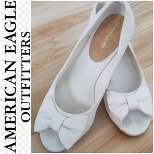 💟GIRLS AMERICAN EAGLE WEDGES SIZE 3💟